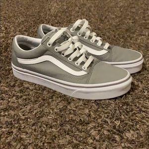 Vans low top sneakers(new!)